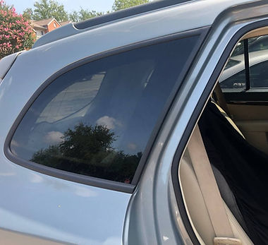 Silver 2007 Hyundai Santa Fe quarter glass replacement (3).jpg
