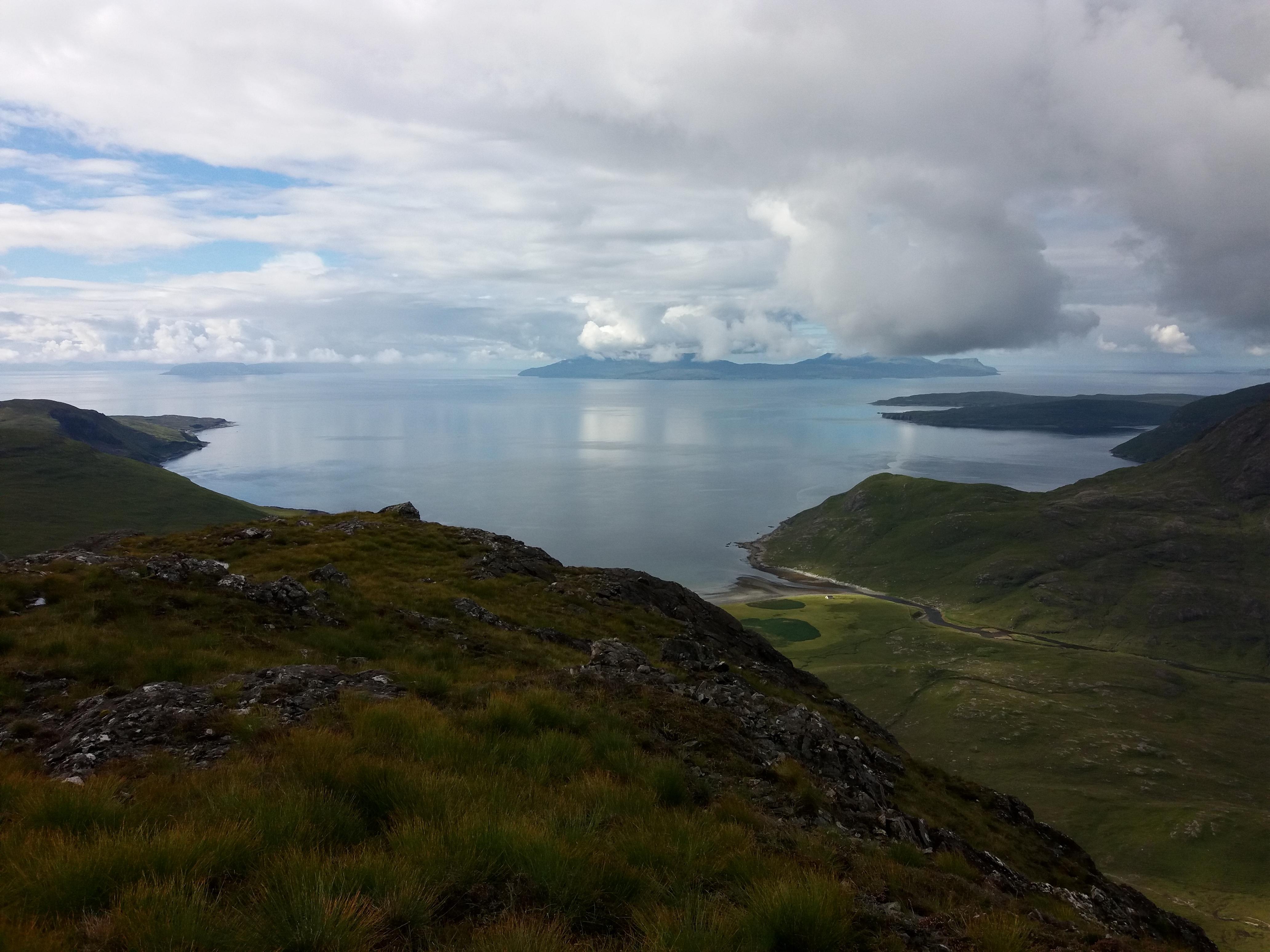 pohled na záliv s Camasunary