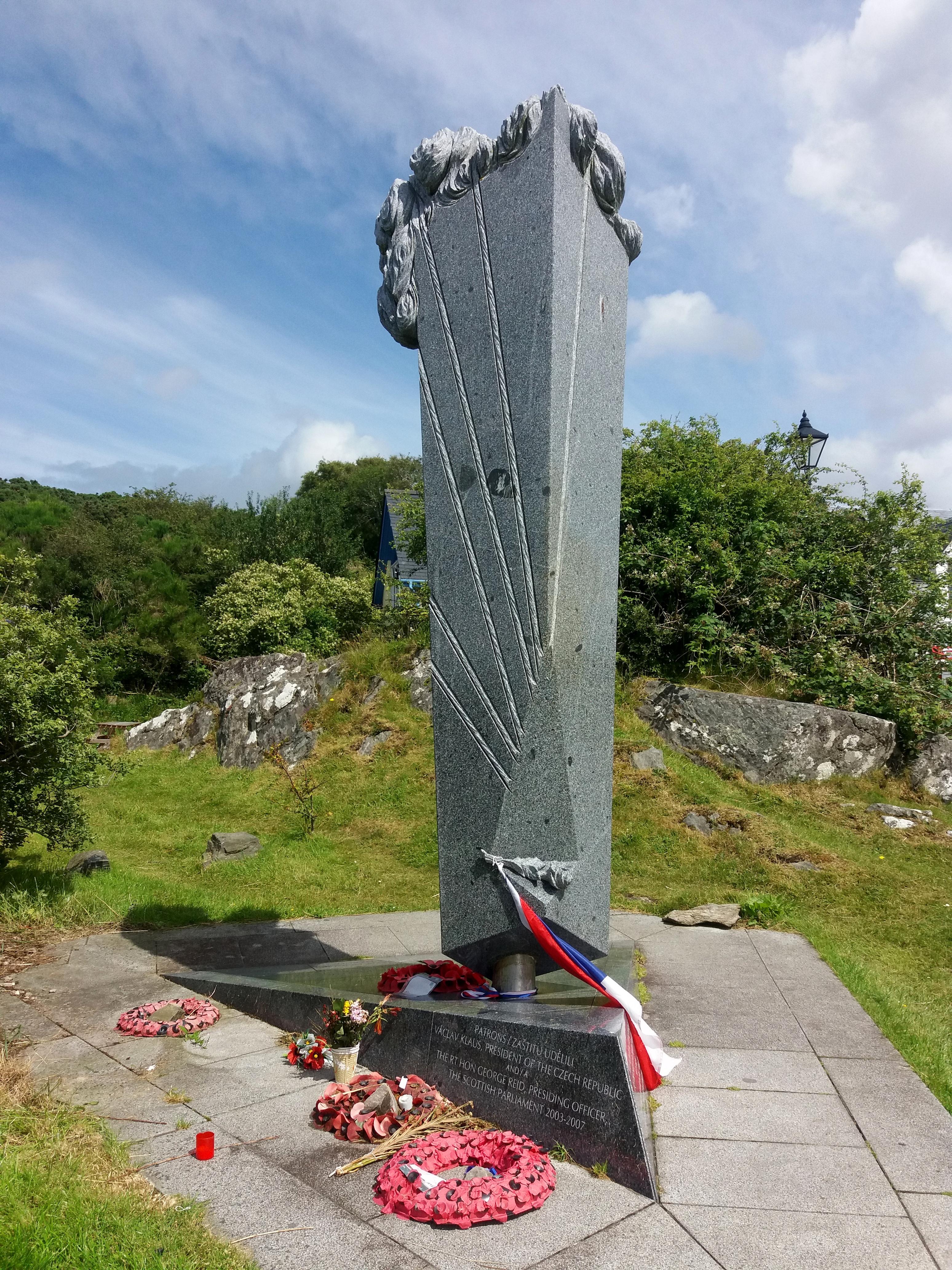 SOE fighters memorial