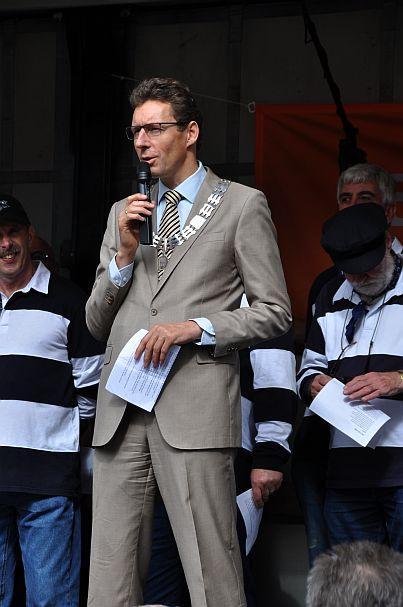 Opening door de burgemeester