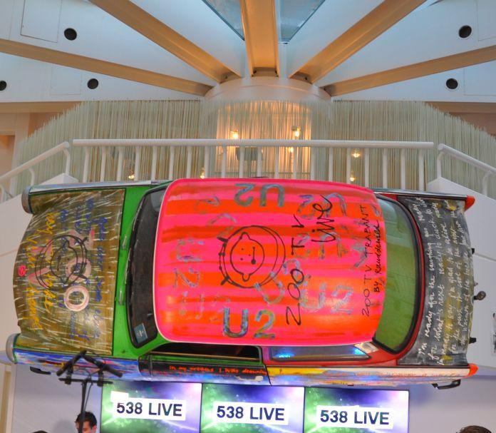 Auto in hal van Radio 538