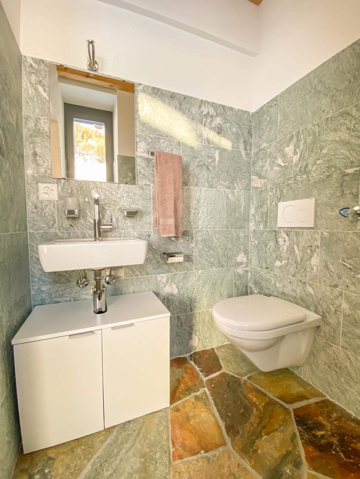 Badezimmer 2 Casa bellavista isola Ferie
