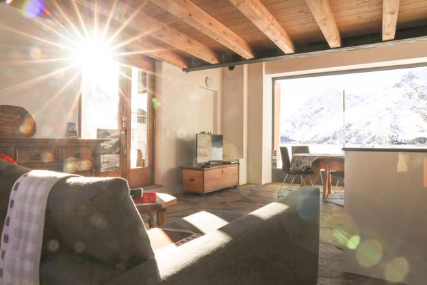Wohnzimmer mit Sonnenlicht 2 Casa bellav