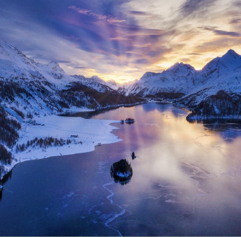 Sonnenuntergang Winter Casa Bellavista Isola Ferienwohnung Engadin