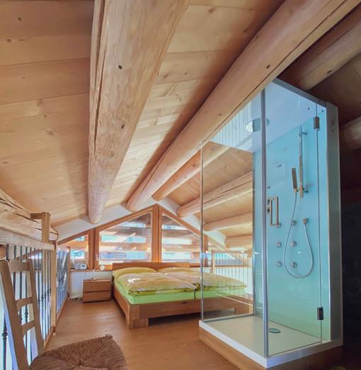 Schlafzimmer mit Dusche Casa bellavista