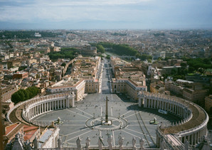 Vaticaanstad leger dan ooit.