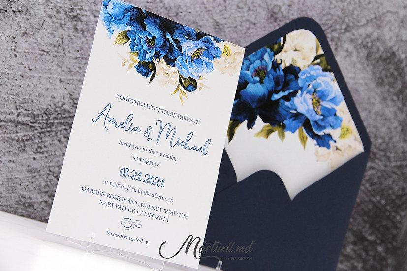 IN-074 Invitatie de nuntă, elegantă cu flori alb albastre în plic sidefat