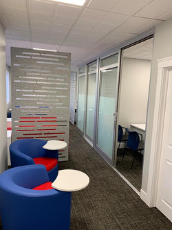 Remax Partition Wall