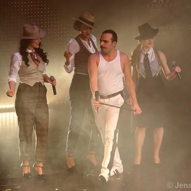 im Dandy Look auf der Vaudeville Variety