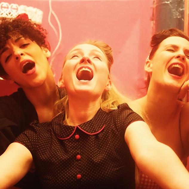 Lou Goldstein, Peggy Sugarhill und Julie