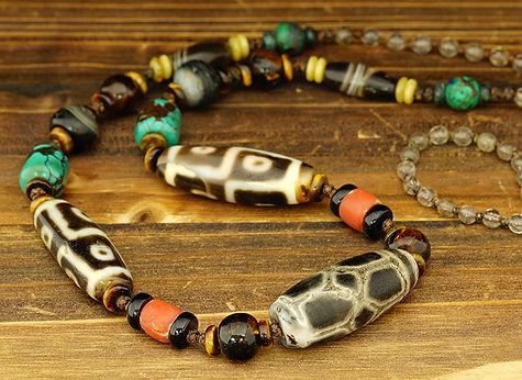 6 Eyes Old Dzi Beads & 8 Lotus 4 Eyes Old Dzi Beads Necklace