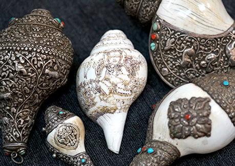 Tibetan conch shell horn
