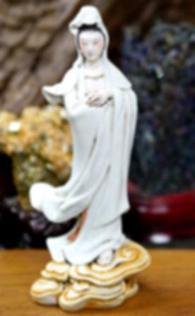 Guan Yin bodhisattva porcelain statue