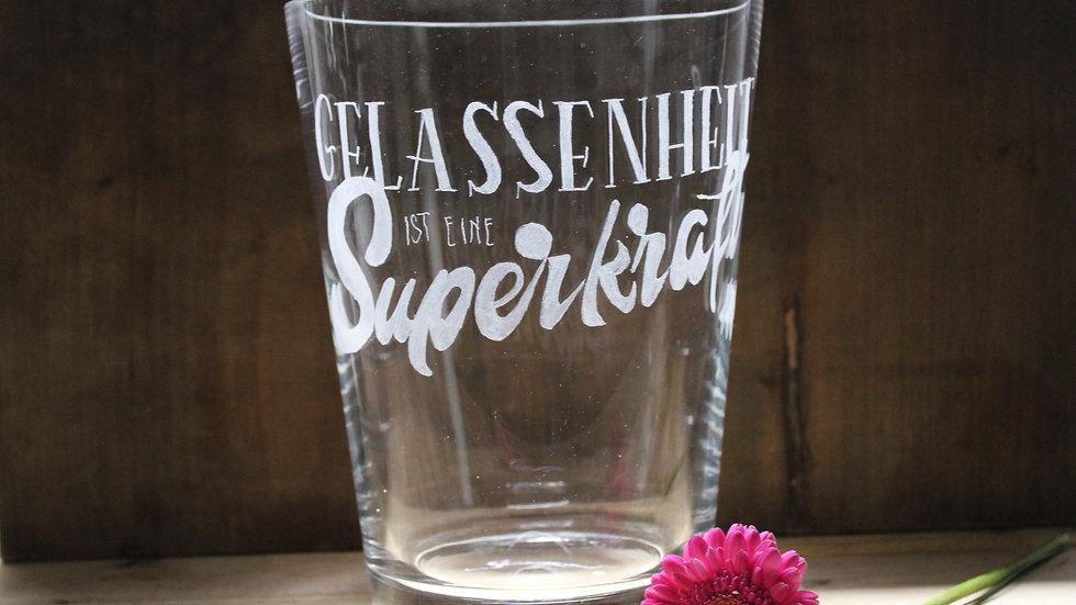 """Glasvase """"Gelassenheit ist eine Superkraft"""""""