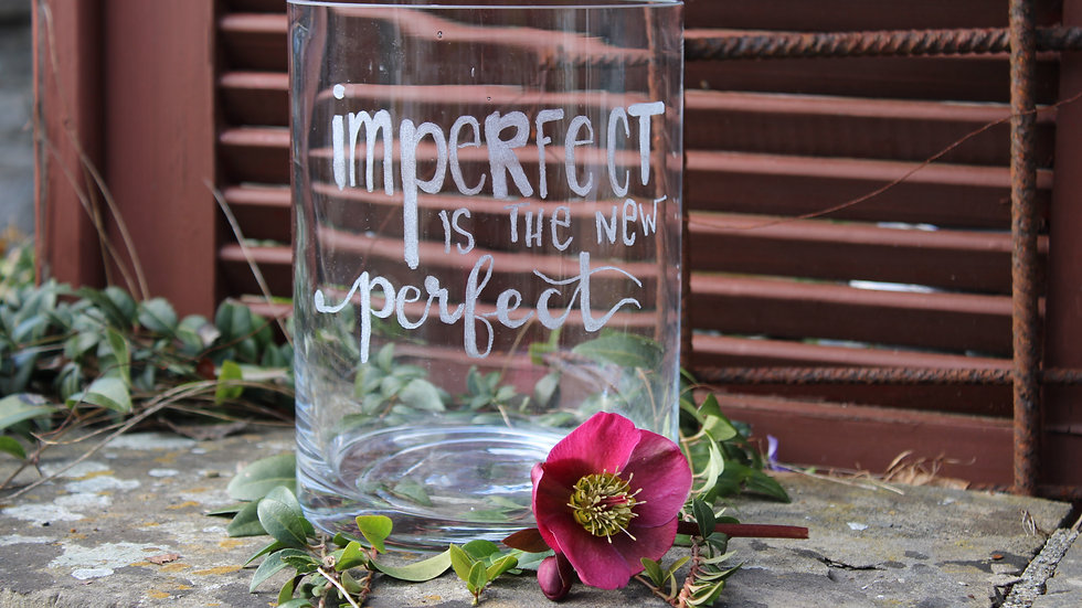 """Vase """"Imperfect is the new perfekt"""""""