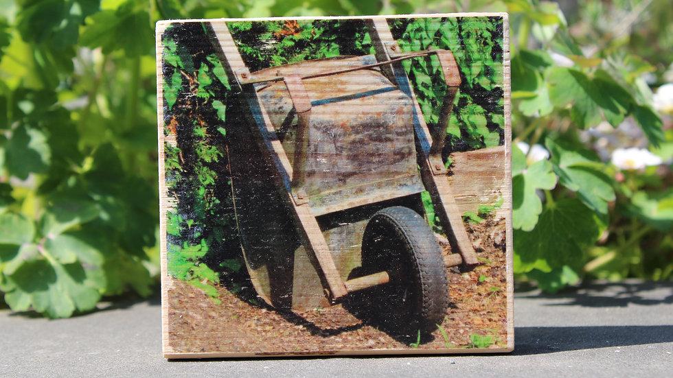 Holzbild  Schubkarre