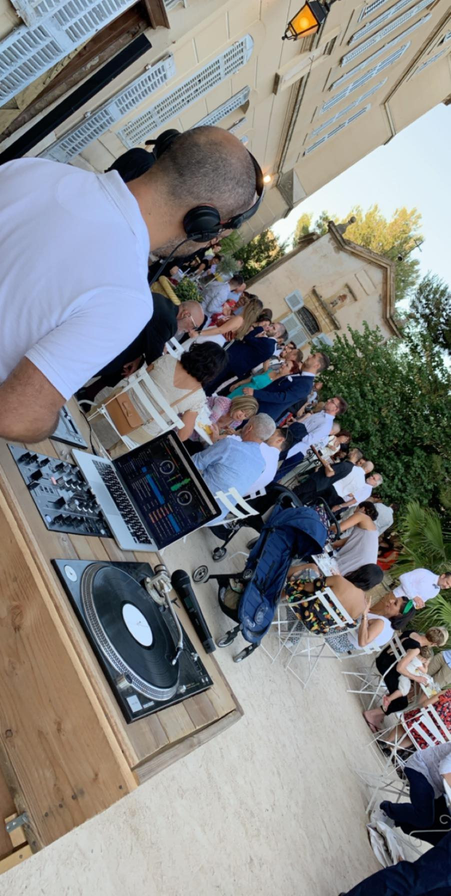 Mariage, Château de Sénéguier, DJ, Bar à Vinyles, apéritif, prestige,