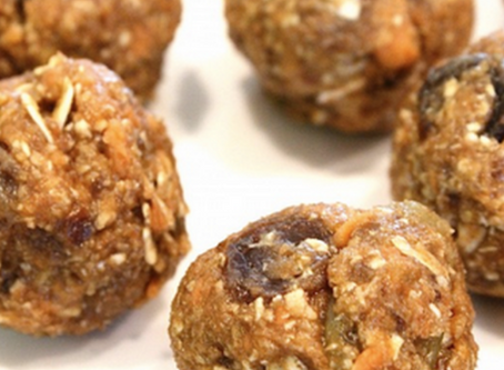 QUICK VEGAN CARROT CAKE TRUFFLES (NO BAKE, NO SUGAR, NO BS)