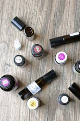 ESSENTIAL OILS MAKE & TAKE: PRIVATE CLASS