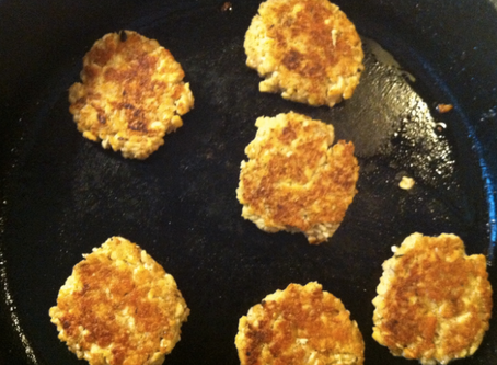 TEMPEH BREAKFAST PATTIES (VEGAN)