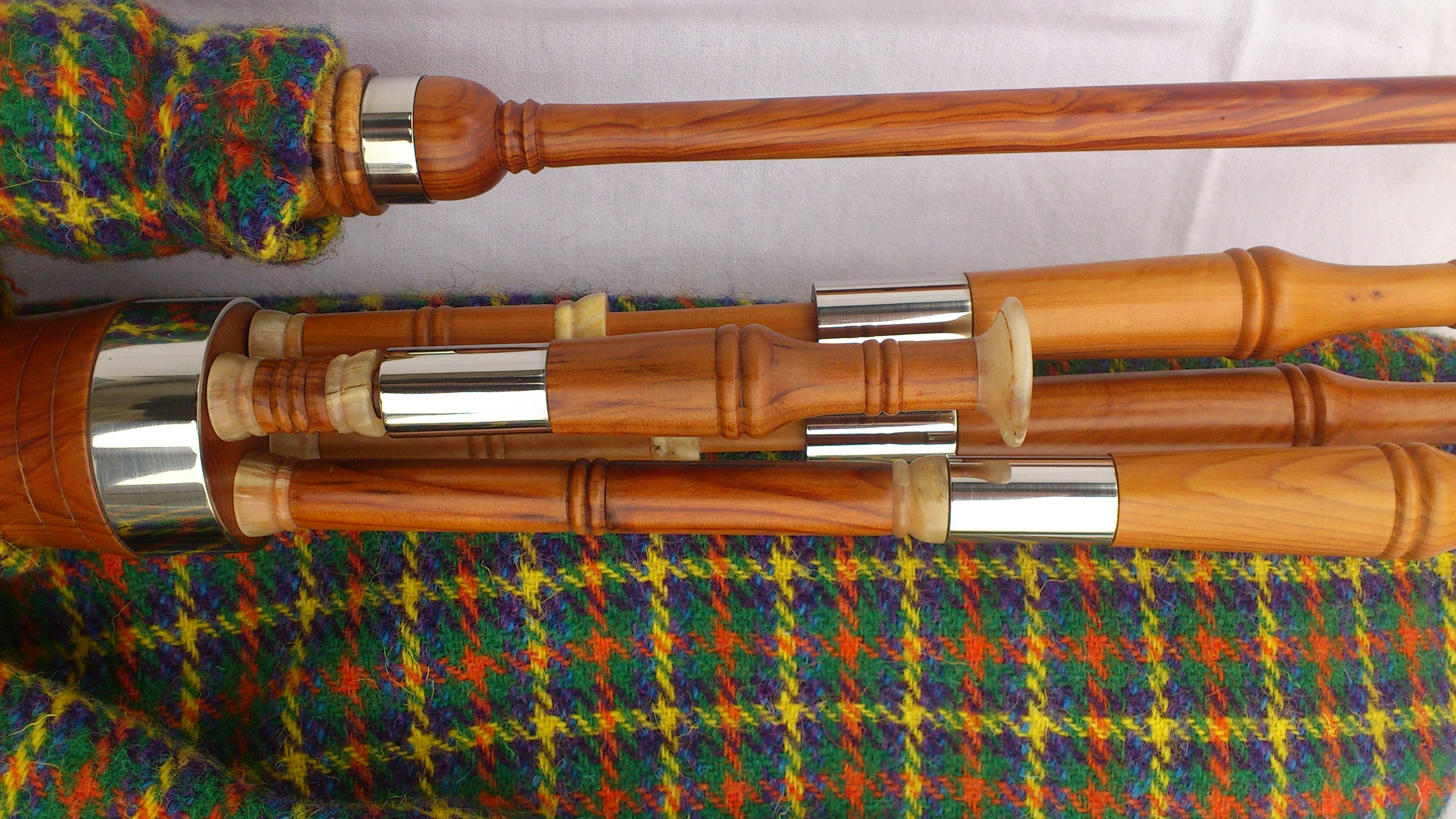 Yew smallpipes