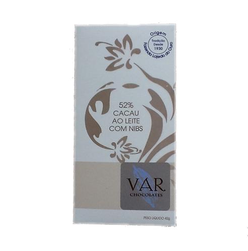 Chocolate 52% ao Leite com Nibs VAR 40g