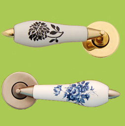 LEVER DOOR HANDLES ON ROSE WITH PORCELAI SLEEVE BY CHATSWORTH