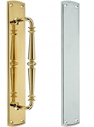 FB106 PUB STYLE PULL HANDLE ON BACKPLATE & FINGER PLATE