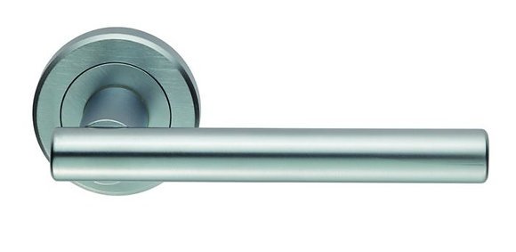 CARLISLE BRASS SATIN CHROME ZIN3121 PHILADELPHIA LEVER ON ROUND ROSE