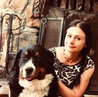 Irina Monroe с любимой собакой