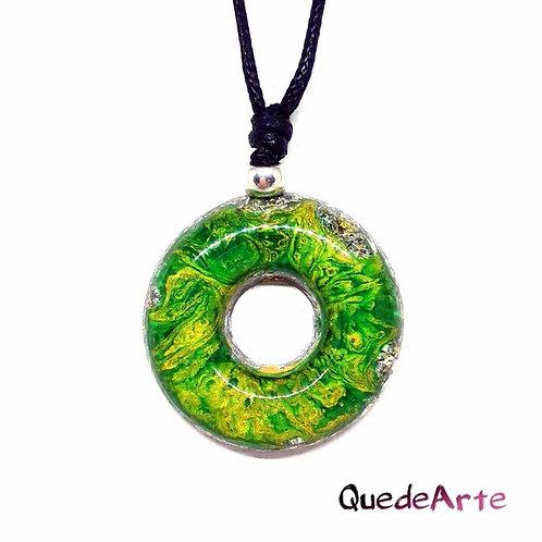 Colgante Energético Orgonita - Círculo verde y dorado