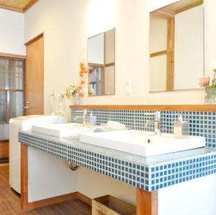2 shower room