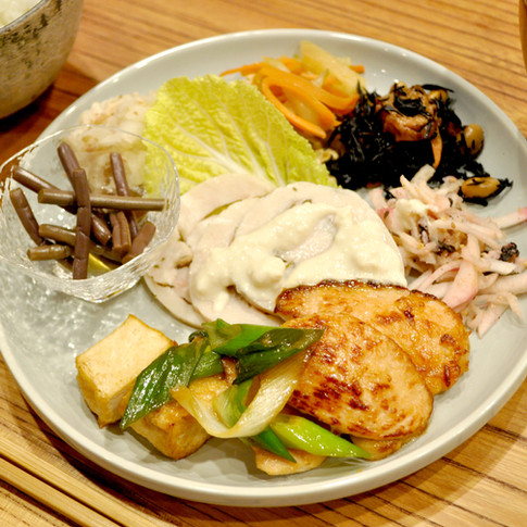 Takazuri Plate with Rice