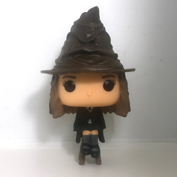 69 Hermione Granger with Sorting Hat