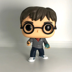 32 Harry Potter with Prophecy Orb