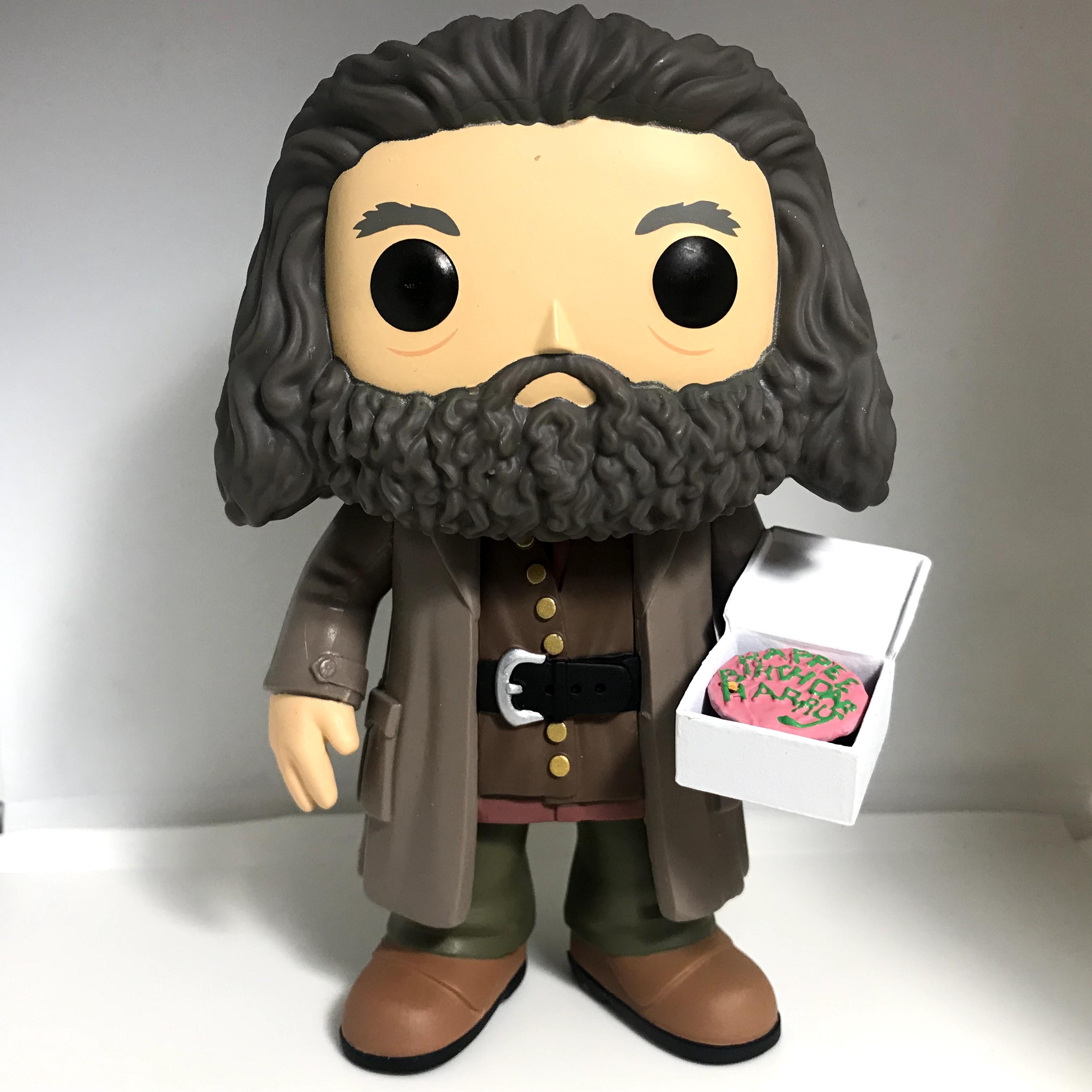 "78 Rubeus Hagrid with Cake 6"""