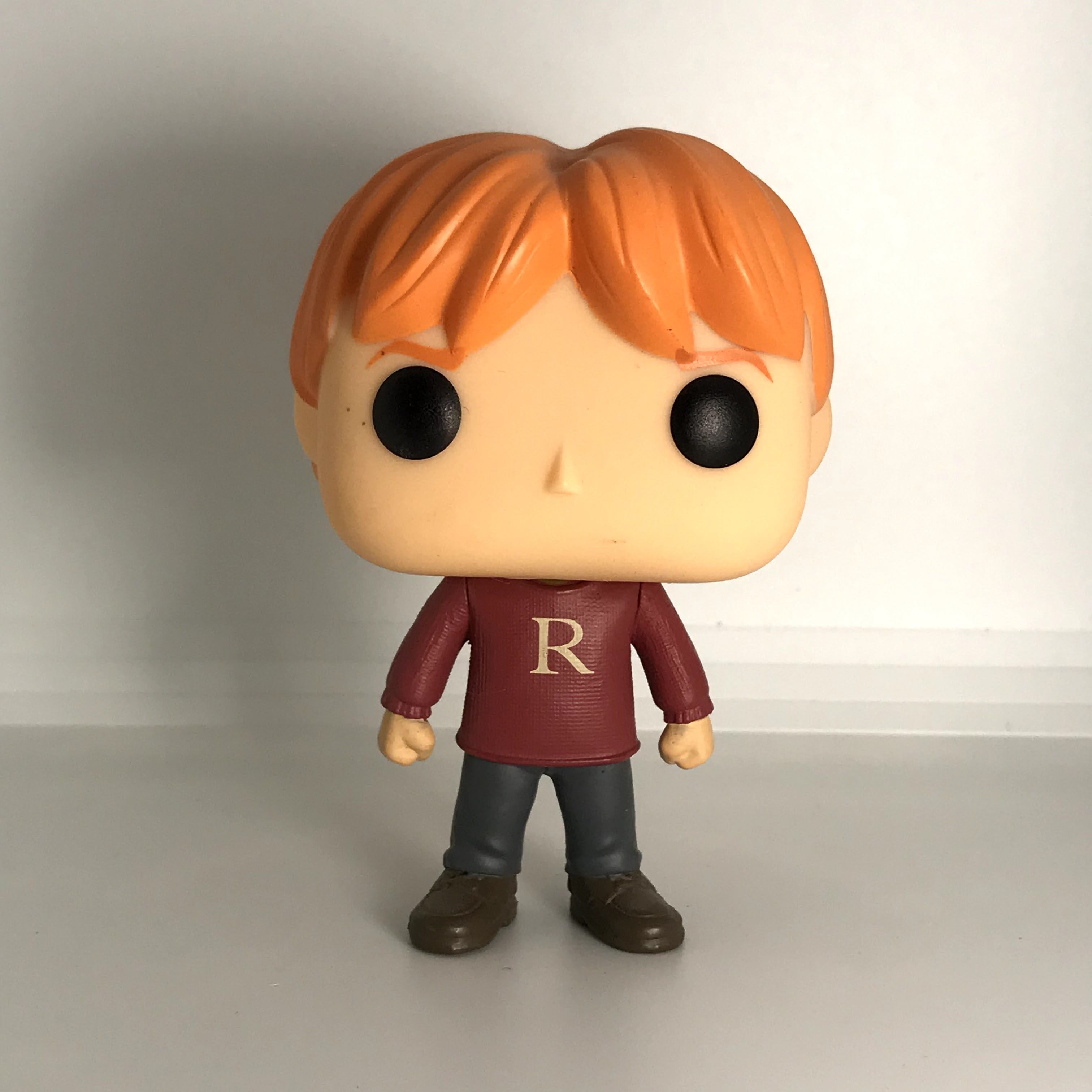 "28 Ron Weasley ""R"" Sweater"