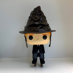 72 Ron Weasley with Sorting Hat