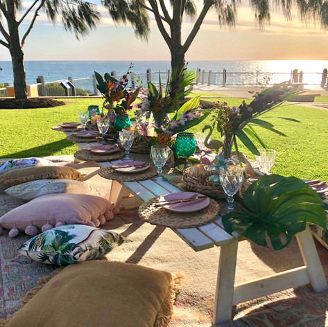 A custom tropical styled picnic