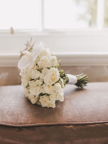 Simple yet elegant bridal bouquet