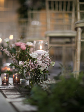 Wedding isle flowers