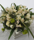 White Fresh Flower Gift Box