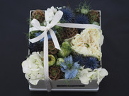 Blue Hint Flower gift box