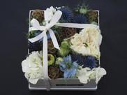 Blue Hint Flower gift box