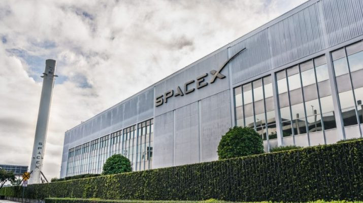 making-world-history-spacex-successfully