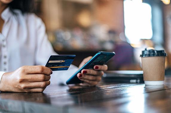 pague-productos-tarjeta-credito-traves-t