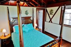 aqua room small (1024x683).jpg