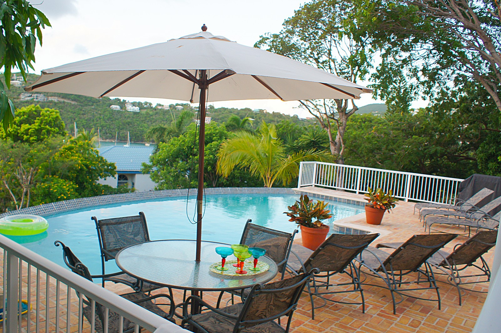 view of Great Cruz Bay from pool deck