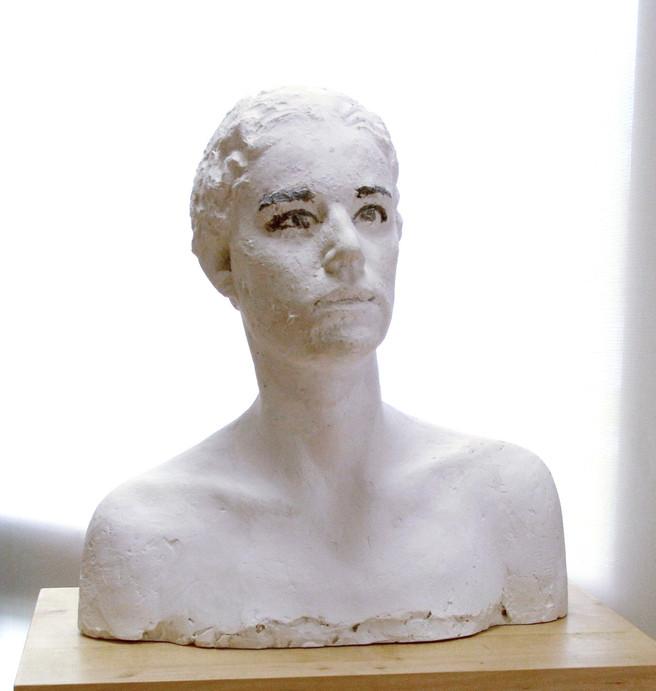 Susana, 2011, artificial stone, 50 x 40 x 30 cm