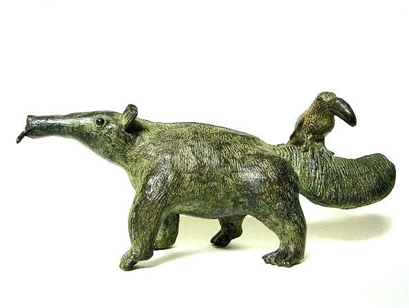 Oso hormiguero, bronce, 7 X 19 X 6 cm